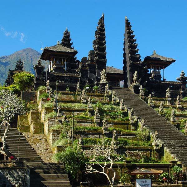 bali lombok gili tour 13 days adventure indonesia tours. Black Bedroom Furniture Sets. Home Design Ideas